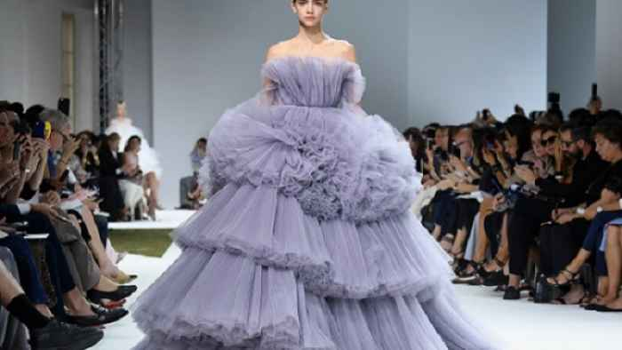 volare-in-jet-paris-fashion-week-haute-couture