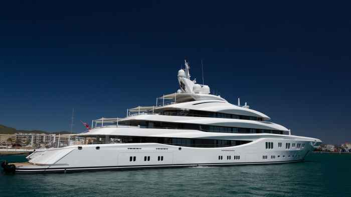 Cannes-luxury-yacht-